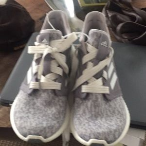 Adidas edge lux bounce size 11 new